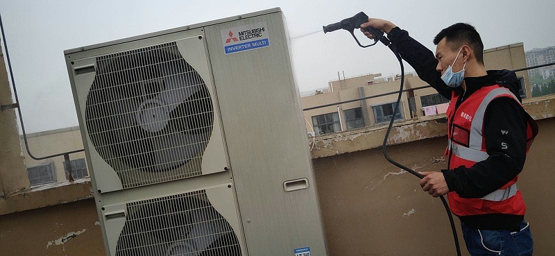 家用中央空调清洗维保维保