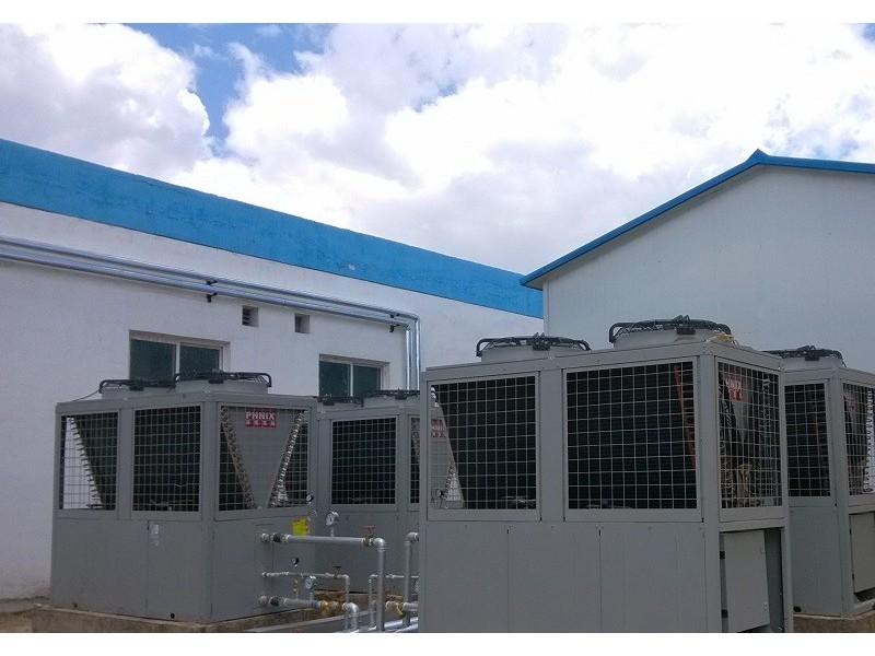 空气能热泵两联供为何要加缓冲水箱?